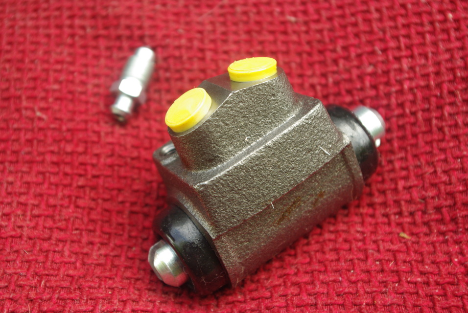 for FORD ESCORT 1.3 SPORT /& GHIA PAIR Borg /& Beck WHEEL CYLINDER REAR